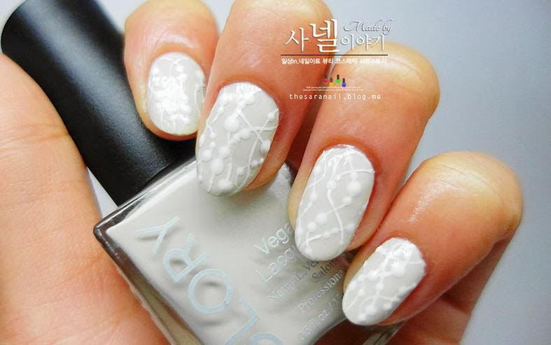 SARA NAIL: White vine nail art, winter nail art