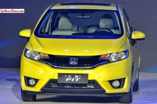 Foto Honda Jazz 2015 New Honda Fit SPesifikasi Harga