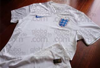 Le maillot de l'angleterre de la Coupe du monde 2014