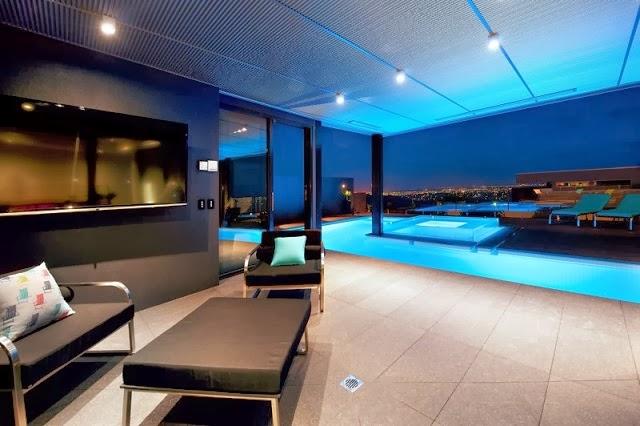 Casa wandana por james deans associates arquitexs - Casas con piscina interior ...