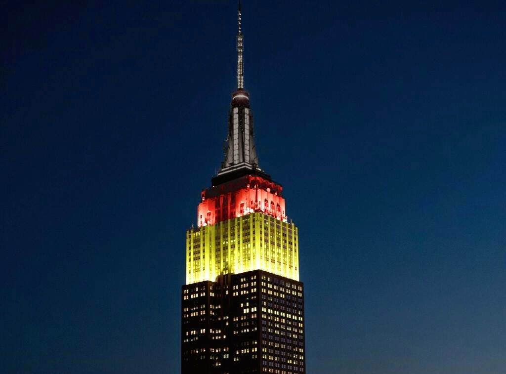 new york history geschichte germany colors on empire state building. Black Bedroom Furniture Sets. Home Design Ideas
