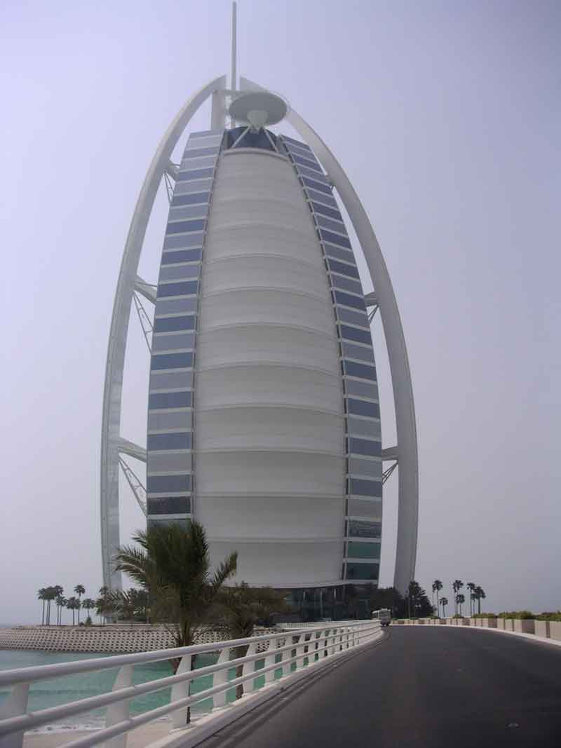 Luxury houses villas and hotels world most luxurious for Burj al arab most expensive suite
