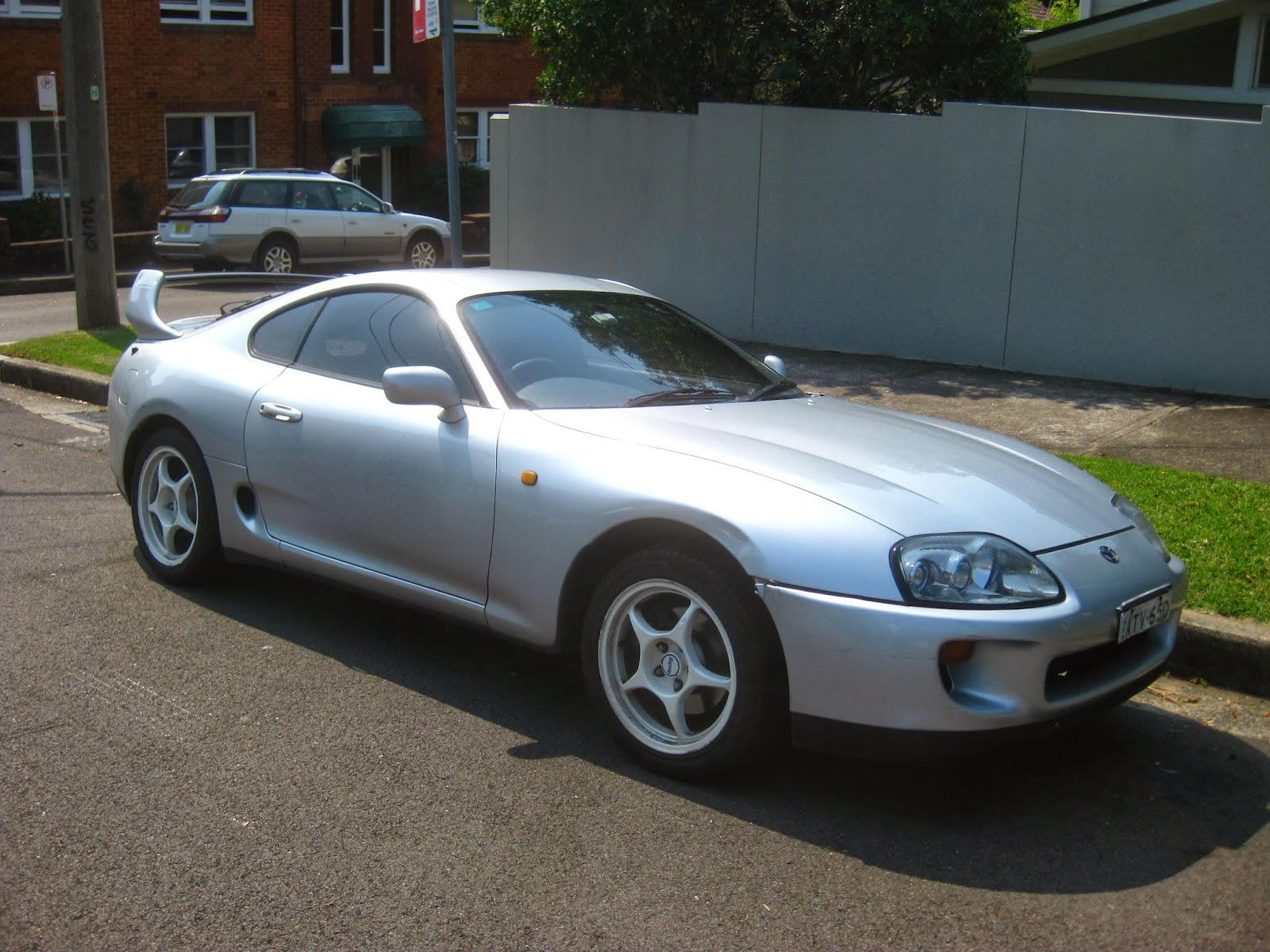 Aussie old parked cars 1994 toyota supra mark iv a80
