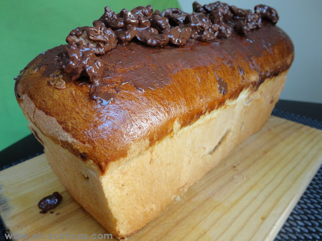 Pan con chocolate y nueces