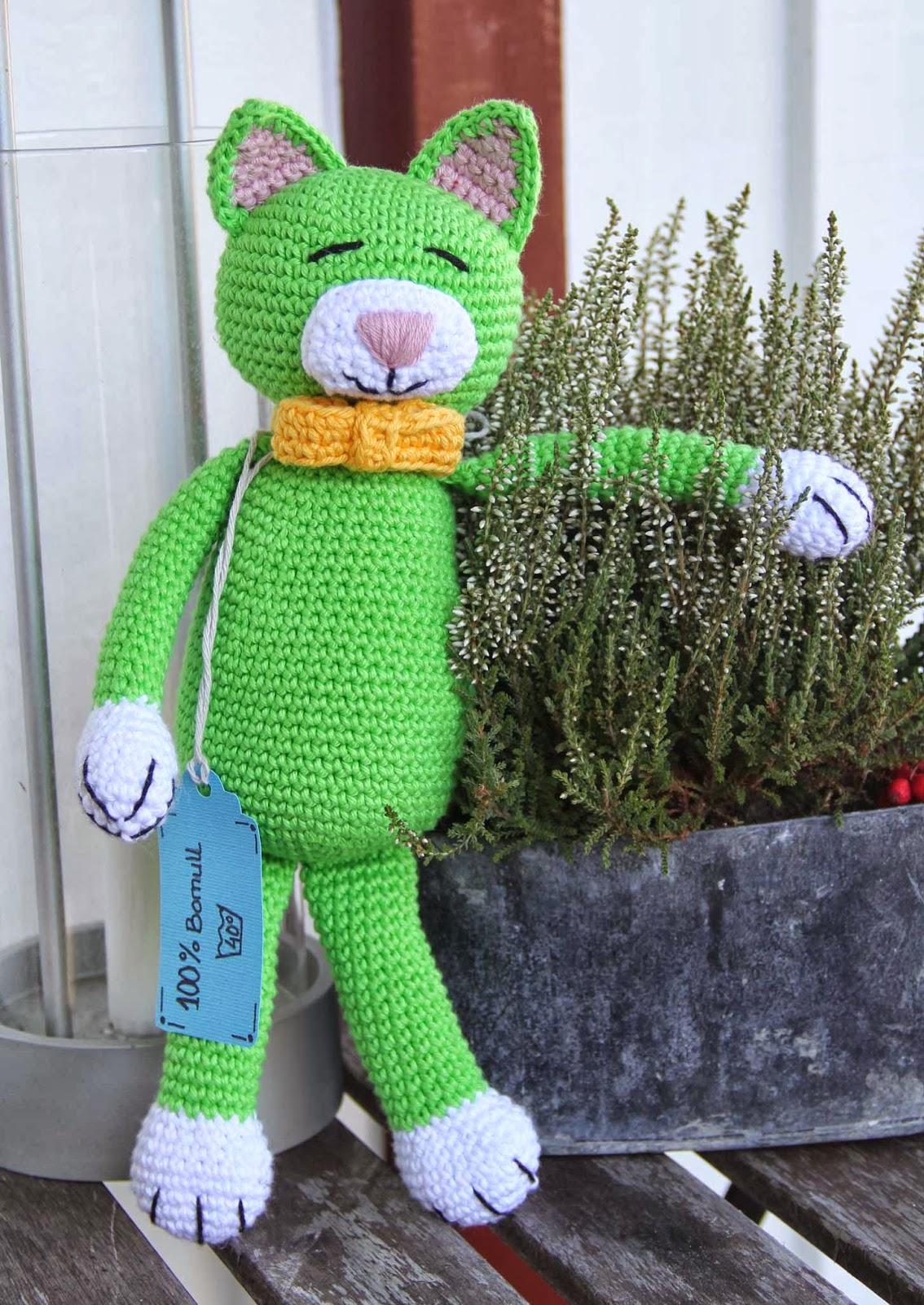 crochet cat patern baby toy