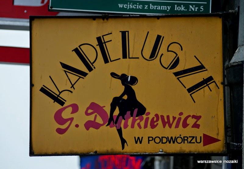 Warszawa szyld retro usługi