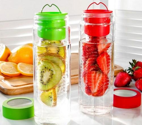 Botol untuk membuat infused water