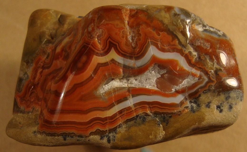 South Dakota Fairburn Agate http://csmsgeologypost.blogspot.com/2012/06/fairburn-agates-gem-of-south-dakota.html