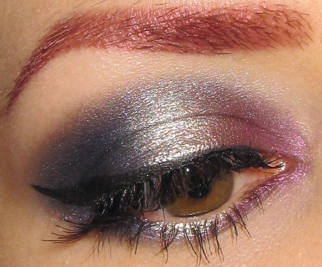 how to get glitter eyeshadow to stay