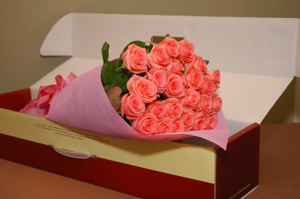 Розовая розы подарок для кого
