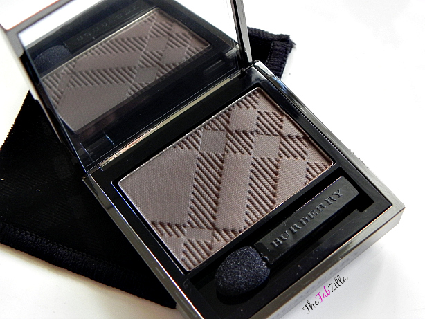 burberry sheer eye shadow review, swatch, neutral makeup, daytime smokey eyes, smoky eyes