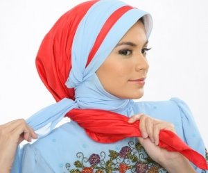 Memakai Jilbab Modern 2012