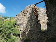 Porta amb llinda de fusta de Can Barretina