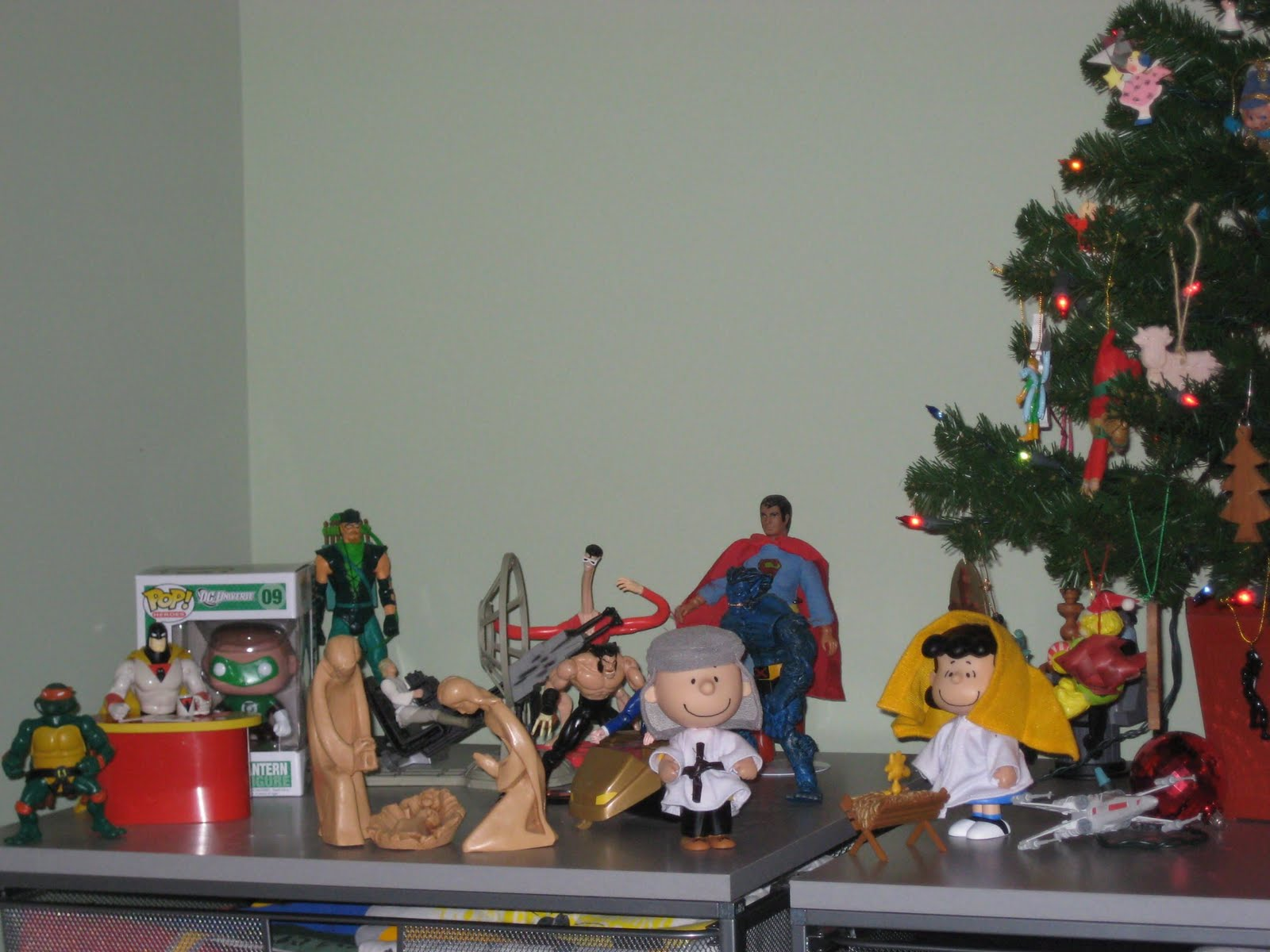 It's Christmas Time, And I Finally Have My Own Toys Again! Well, Some Of  Them Others, Like Buffy The Vampire Slayer And First Appearance Batman  Remain