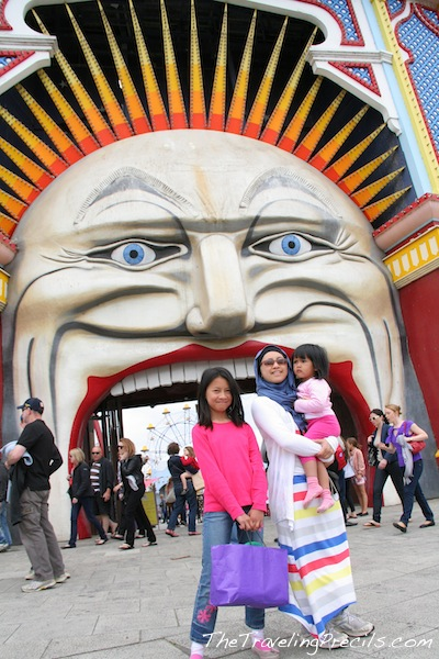 Luna park favorit sydney atau melbourne traveling sia for Puerta 9 luna park