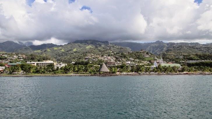 Tahiti vue du ferry