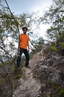 Adventure TeamBuilding - BigTreeTours Team - Mount Tabur Challenge Bukit Melawati Climb