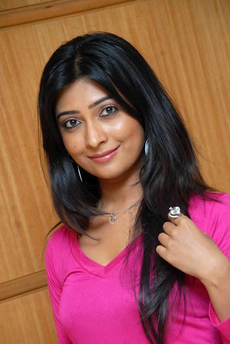 radhika pandit actress pics