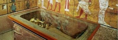 buongiornolink - Egitto, altre camere dietro la tomba di Tutankhamon, sulle tracce di Nefertiti