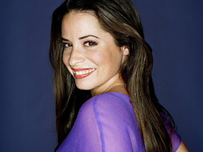 Holly Marie Combs Smiling Wallpaper