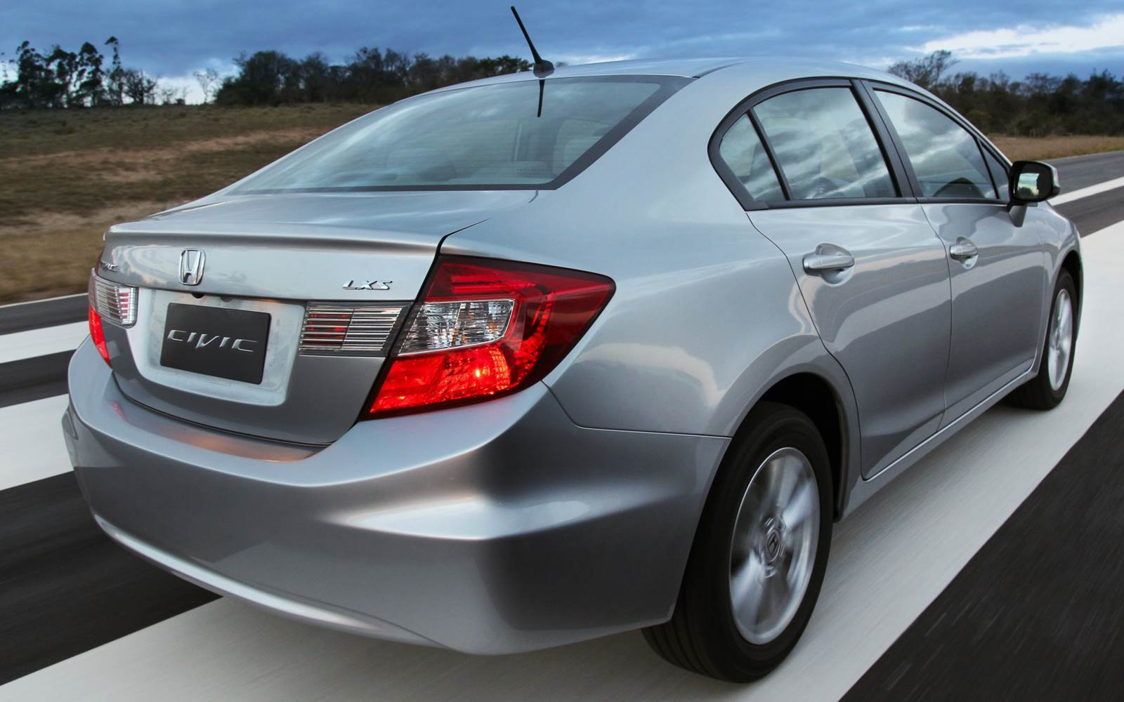 Whats the difference between 2014 and 2015 civic ex for Different honda civic models