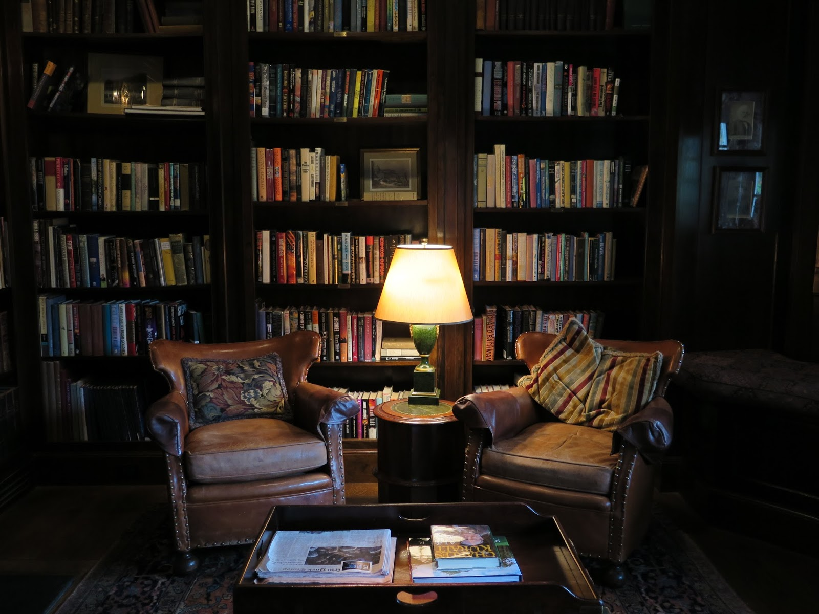 Ciao domenica a room for book lovers - Home library design ideas for the book lovers ...