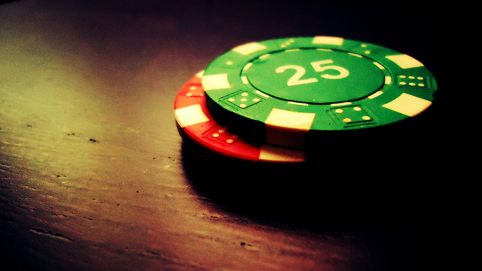 casino chips wallpaper