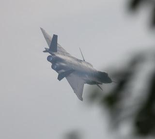 المقاتلة الصينية CHENGDU J-20 J-20+Mighty+Dragon++Chengdu+J-20+fifth+generation+stealth%252C+twin-engine+fighter+aircraft+prototype+People%2527s+Liberation+Army+Air+Force++OPERATIONAL+weapons+aam+bvr+missile+ls+pgm+gps+plaaf+%25287%2529