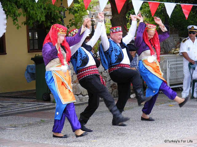 Traditional Turkish Folk Dancing