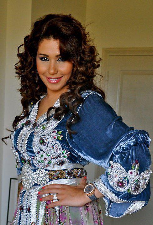Stars marocaines et arabes en mode caftans marocains caftan nakhwa for Film marocain chambre 13 en ligne