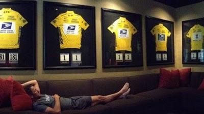 Lance Armstrong, desafiante ante acusaciones de dopaje