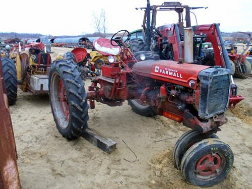 International C tractor parts