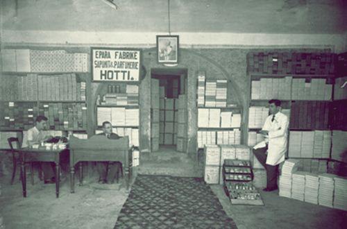 Bizneset shkodrane në vitin 1945