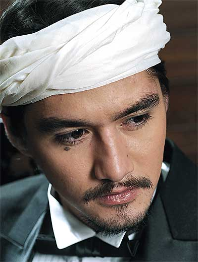 Hairy handsome man from Thailand Ananda Everingham.