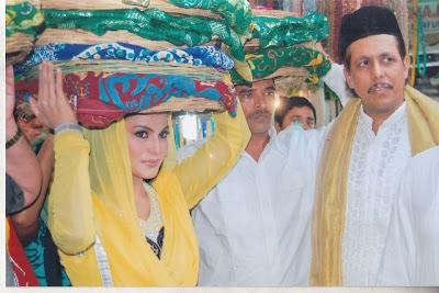 Veena Malik at Ajmer Sharif Shrine