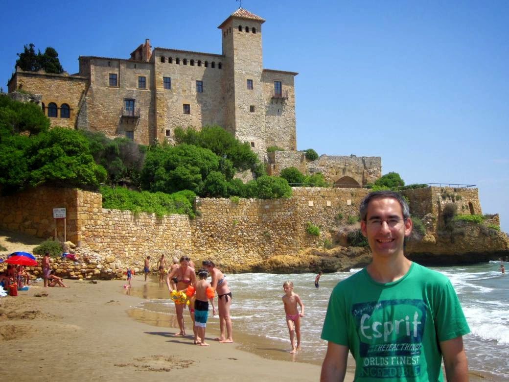 Cala Jovera and Castle of Tamarit