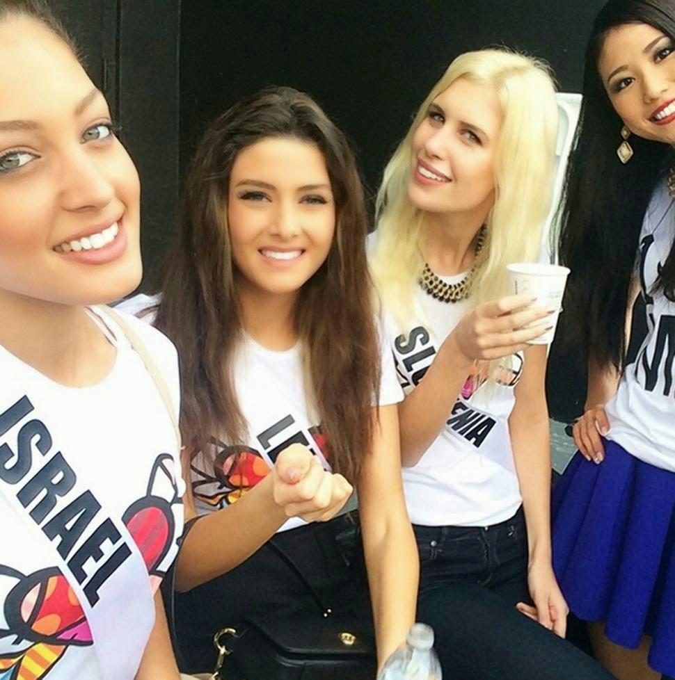 Miss Universe Lebanon dikecam akibat berselfie bersama rakan