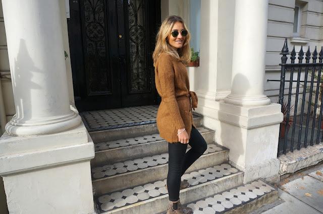 chloeschlothes-veste devant porte
