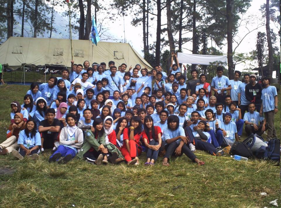 Outbond Mahasiswa Baru 2011