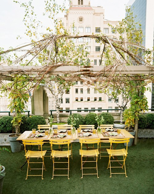 Inspire bohemia outdoor dining parties part ii for Dinner on the terrace