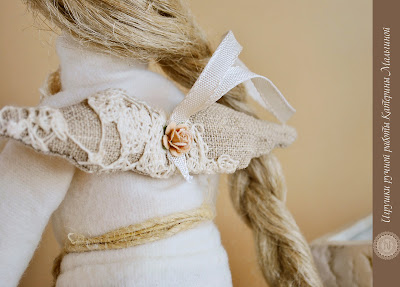Кукла Тильда Айрин в белом свитарке и льняной юбке