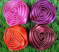bros bunga mawar dari kain satin bros bunga dari kain satin memiliki ...
