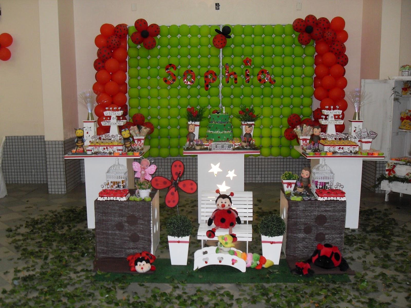 decoracao de festa infantil jardim das joaninhas:Personalizamos a Decoração especialmente para o 1º aninho da SOFIA.