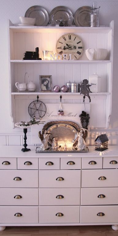 Shabby Chic Decorating Ideas ~ Interiors and Design Less Ordinary