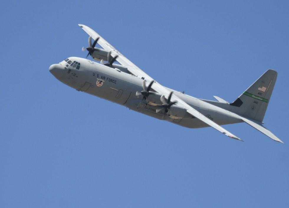 Sky Fighter: Lockheed C-130 Hercules
