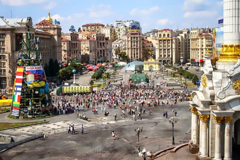 Майдан Независимости расчищен от палаток и баррикад