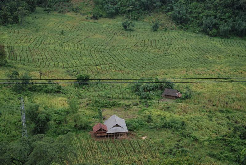 Du lịch bản Xà Lĩnh - Hang Kia ở Hòa Bình