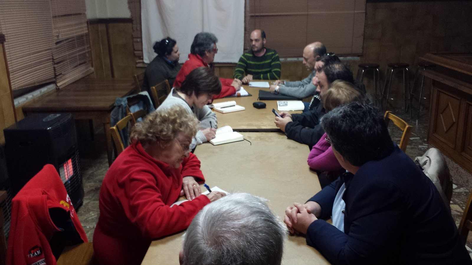 Representantes vecinales reunidos en González Macías