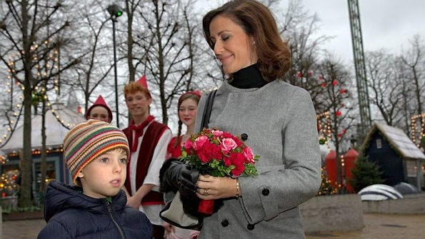 Princess Marie Attended A Christmas Show At The Glass Hall In Tivoli
