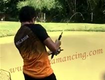 Gila Mancing Dapat Ikan Monster Mekong